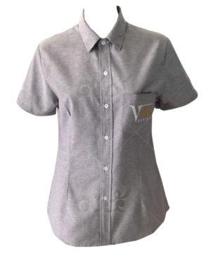 เสื้อเชิ้ตแขนสั้น-คอปก-สีเทา-ปักอกซ้าย-shirt 05