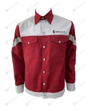 เสื้อช็อปแขนยาว 27 ตัดต่อ สีแดง-เทา มีกระเป๋าด้านหน้า 2 ข้าง ปักอกซ้าย